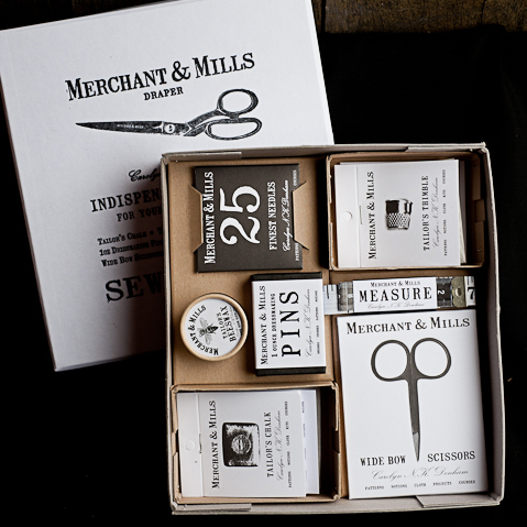 Merchant_and_Mills-Selected_Notions_Box-2006MAM