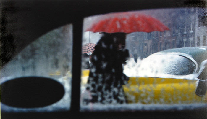 030-saul-leiter-photography-the-red-list